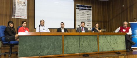Mesa de discussão moderada pelo Professor Marcelo Pessoa